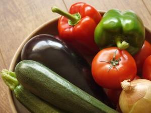 zucchine peperoni pomodori cipolla -Ridotto